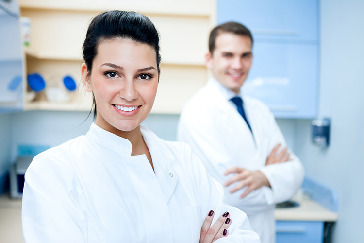Who is the prosthodontist
